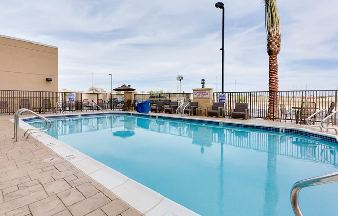 Drury Inn & Suites Phoenix Chandler - Outdoor Pool