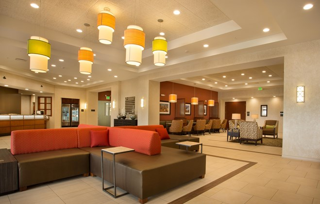 Drury Inn & Suites Denver Stapleton - Lobby