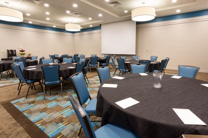 Drury Inn & Suites Colorado Springs - Meeting Space
