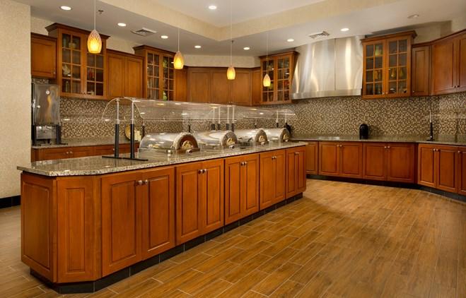 Drury Inn & Suites Orlando - Dining Area