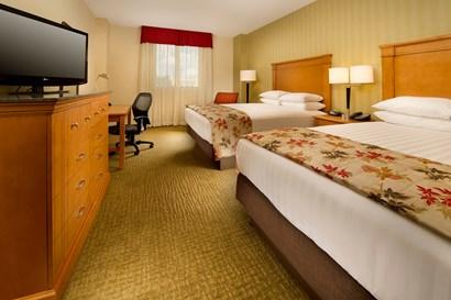 Drury Inn & Suites Orlando - Deluxe Queen Guestroom