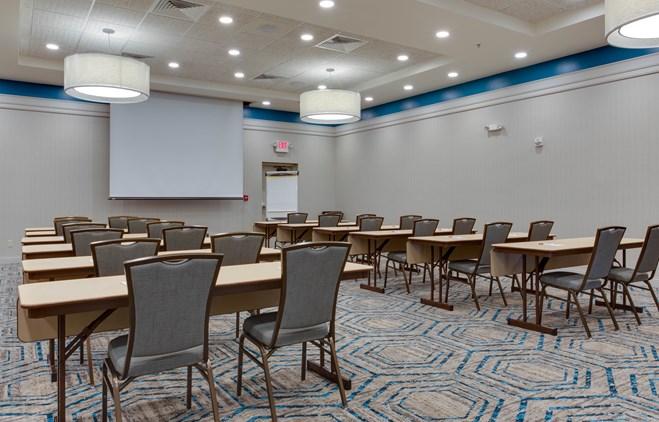 Drury Inn & Suites Gainesville - Meeting Space