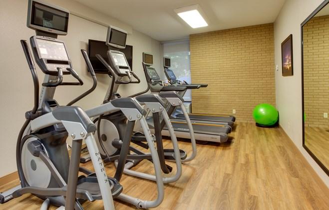 Drury Inn & Suites Louisville East - Fitness Center