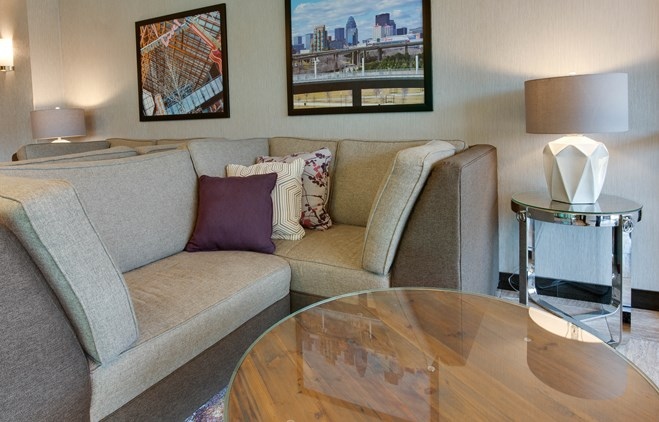 Drury Inn & Suites Louisville East - Lobby