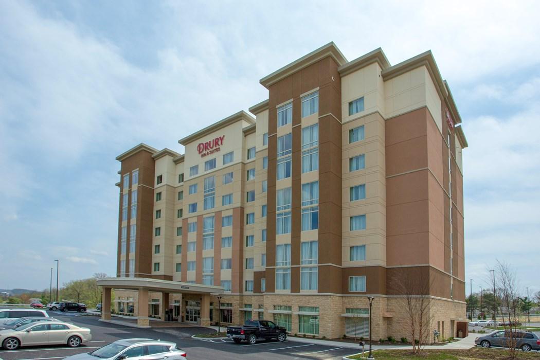 Drury Inn & Suites Pittsburgh Airport Settlers Ridge - Drury Hotels