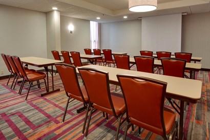 Drury Inn & Suites Terre Haute - Meeting Space