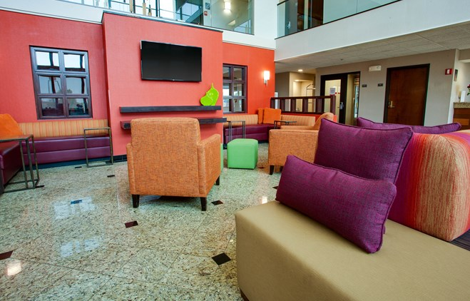 Drury Inn & Suites Terre Haute - Lobby