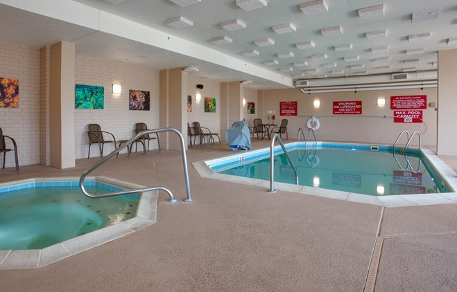 Drury Inn & Suites Terre Haute - Indoor Pool