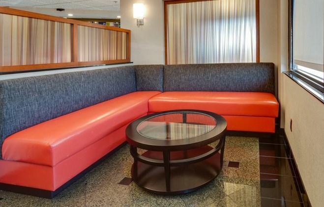 Drury Inn & Suites Memphis Southaven - Lobby