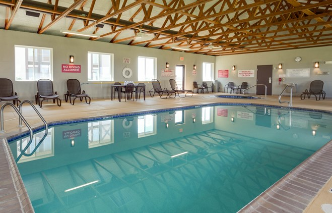 Drury Inn & Suites Hayti - Indoor Pool