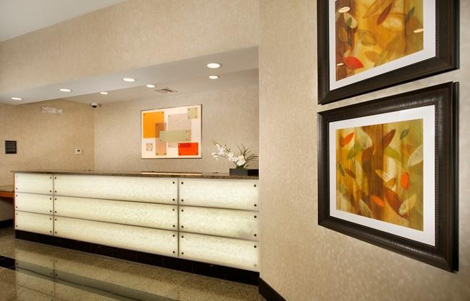 Drury Inn & Suites Valdosta - Exterior