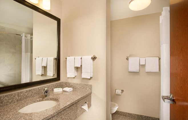 Drury Inn & Suites Valdosta - Drury Hotels