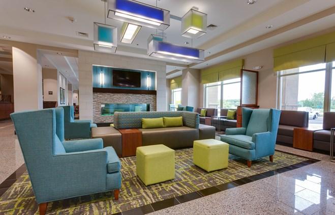 Drury Plaza Hotel Columbia - Lobby