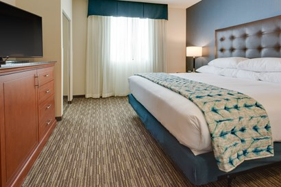 Drury Plaza Hotel Columbia - Two-room Suite Guestroom