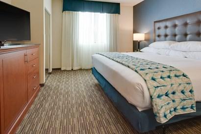 Drury Plaza Hotel Columbia - Two-room Suite Guestroom