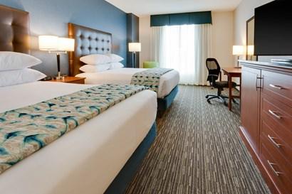 Drury Plaza Hotel Columbia - Deluxe Queen Guestroom