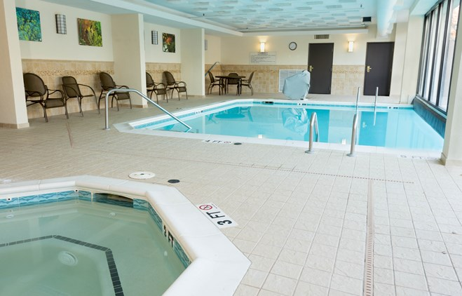 Drury Inn & Suites Atlanta Northwest - Indoor/Outdoor Pool