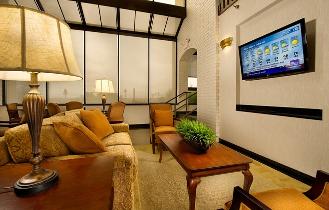 Drury Inn & Suites Collinsville - Lobby