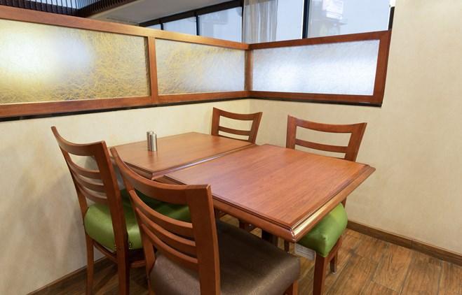 Drury Inn & Suites Marion - Dining Area