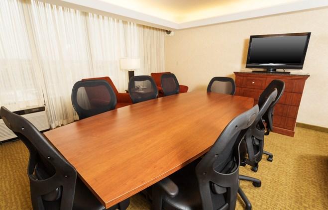 Drury Inn & Suites Marion - Meeting Space