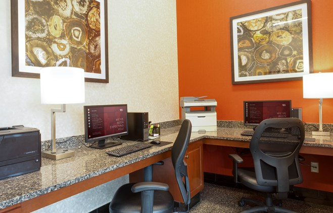 Drury Inn & Suites O'Fallon - 24 Hour Business Center