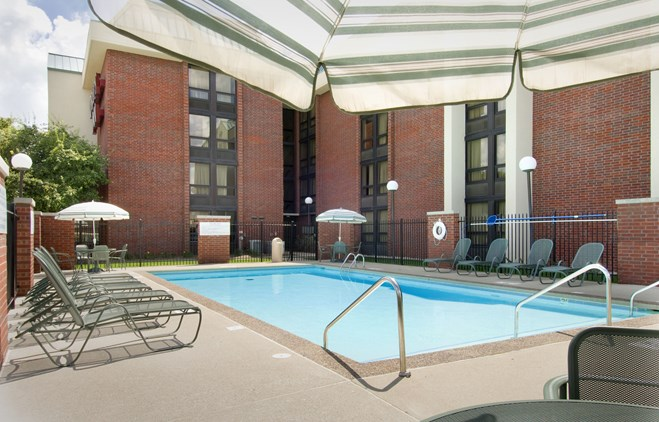 Drury Inn Indianapolis Northwest - Outdoor Pool