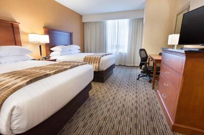 Drury Plaza Hotel Indianapolis Carmel - Two-room Suite Guestroom