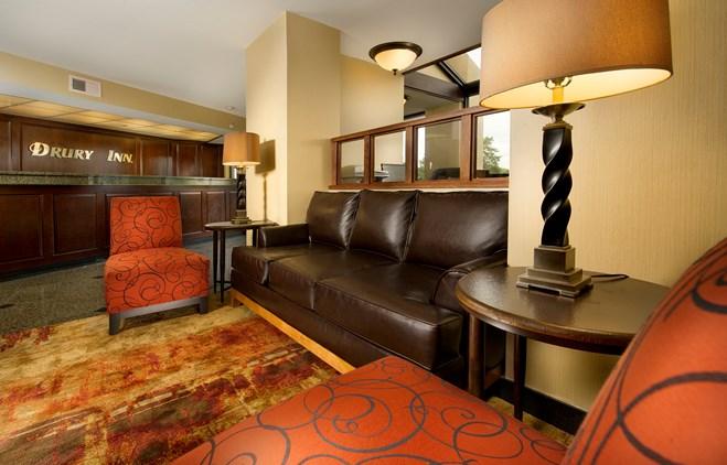 Drury Inn & Suites Kansas City Shawnee Mission - Lobby