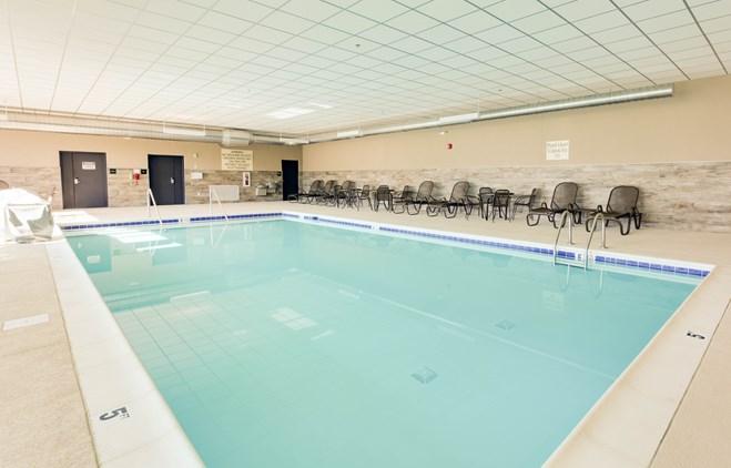 Drury Inn & Suites Kansas City Shawnee Mission - Indoor Pool
