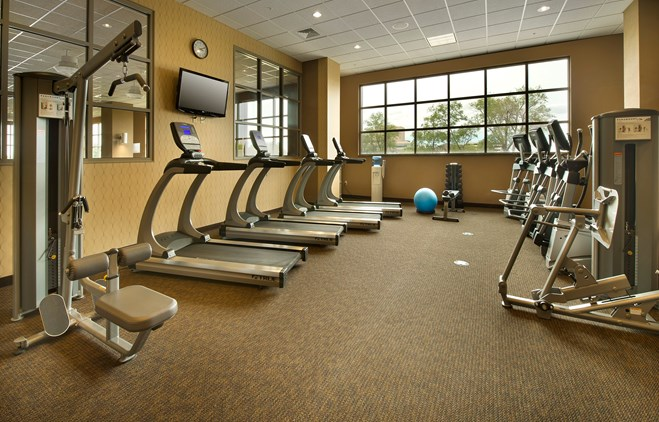 Drury Plaza Hotel Broadview Wichita - Fitness Center