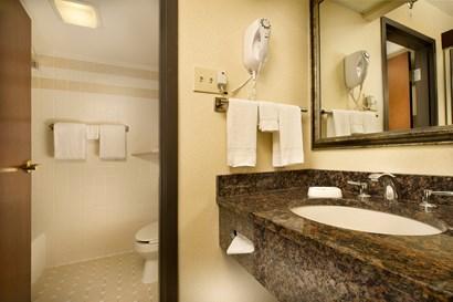 Drury Inn Paducah - Bathroom