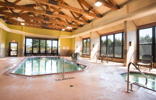 Drury Suites Paducah - Indoor Pool