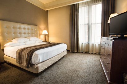 Drury Inn & Suites New Orleans - Two-room Suite Guestroom
