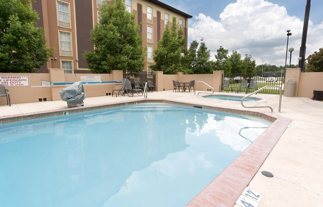 Drury Inn & Suites Lafayette - Outdoor Pool