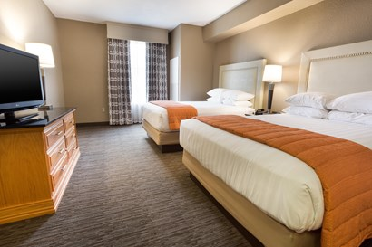 Drury Inn & Suites Lafayette - Two-room Suite Guestroom
