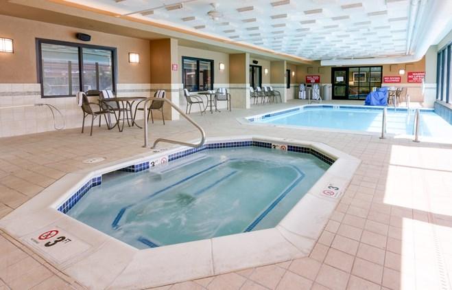 Drury Inn & Suites Denver near the Tech Center - Indoor/Outdoor Pool