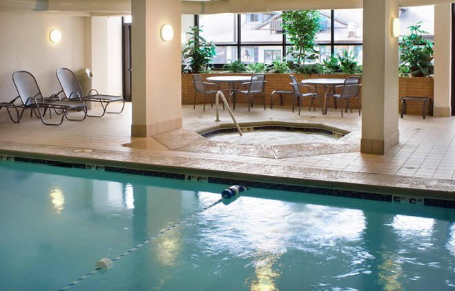 Drury Inn & Suites Troy - Indoor Pool