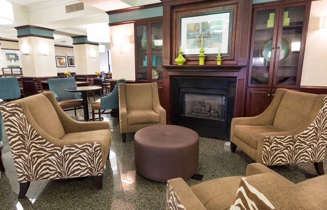 Drury Inn & Suites Troy - Lobby