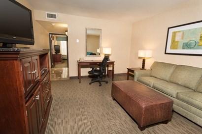 Drury Inn & Suites Troy - Two-room Suite Guestroom