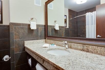 Drury Inn & Suites Dallas Frisco - Bathroom
