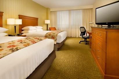 Drury Plaza Hotel Nashville Franklin - Deluxe Queen Guestroom