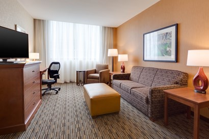 Drury Plaza Hotel at the Arch - Two-room Suite Guestroom