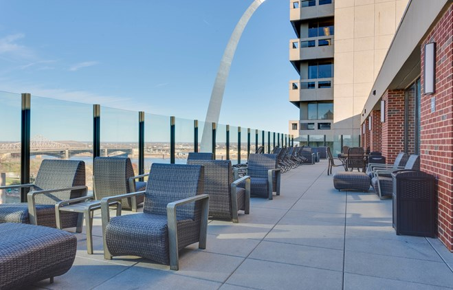 Drury Plaza Hotel at the Arch - Terrace