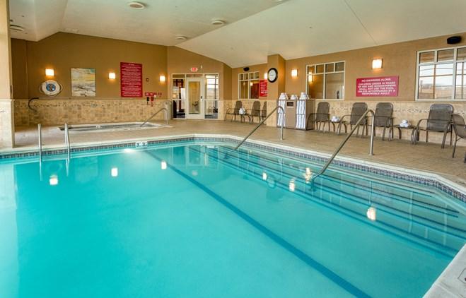 Drury Inn & Suites Indianapolis Northeast - Indoor/Outdoor Pool