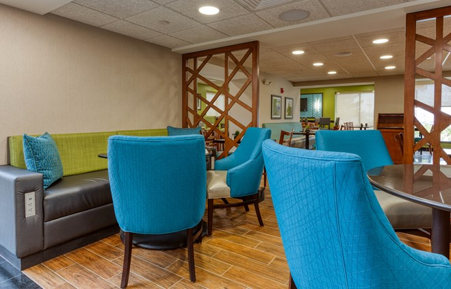 Drury Inn & Suites St. Louis Fenton - Lobby