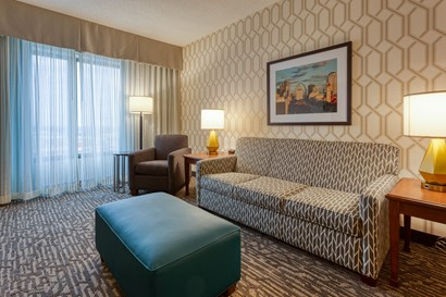 Drury Plaza Hotel St. Louis Chesterfield - Two-room Suite Guestroom