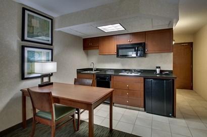 Drury Inn & Suites Cape Girardeau - Specialty Guestroom