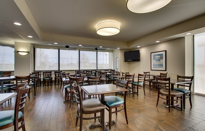 Drury Inn & Suites Cape Girardeau - Dining Area