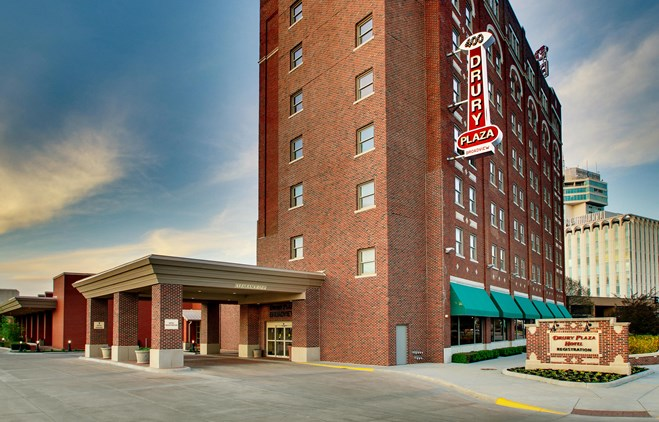 Drury Plaza Hotel Broadview Wichita - Exterior