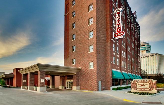 Drury Plaza Hotel Broadview Wichita - Exterior